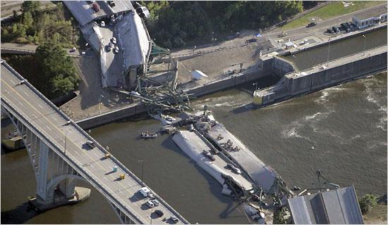 bridgecollapse.jpg