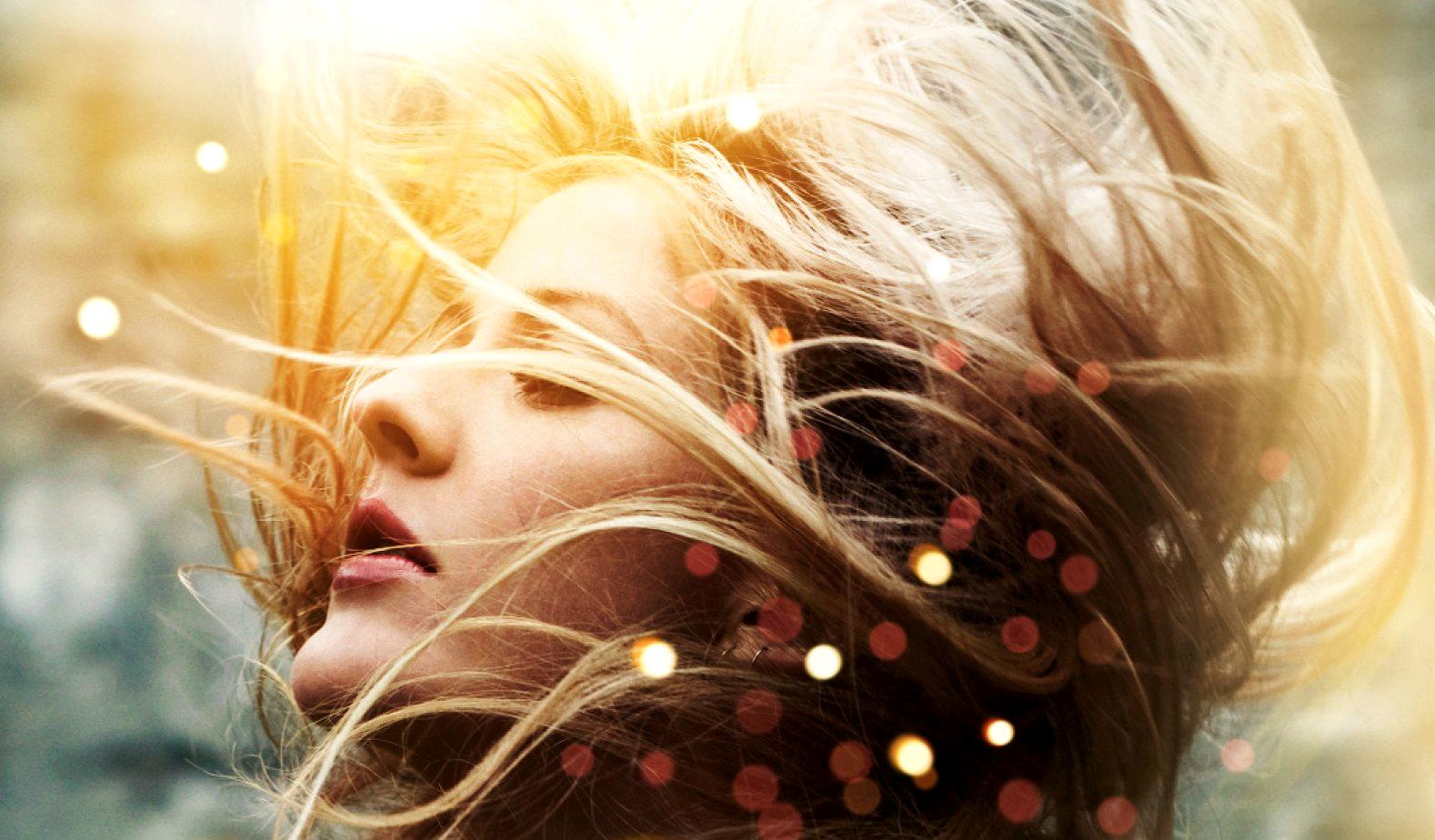 Ellie_Goulding_Bright_Lights_PNG.png