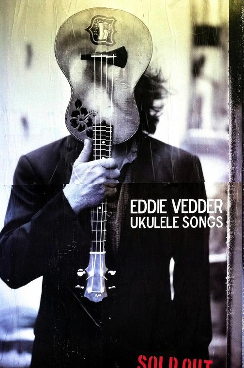Eddie_Vedder_Uke_CROPPED.jpg