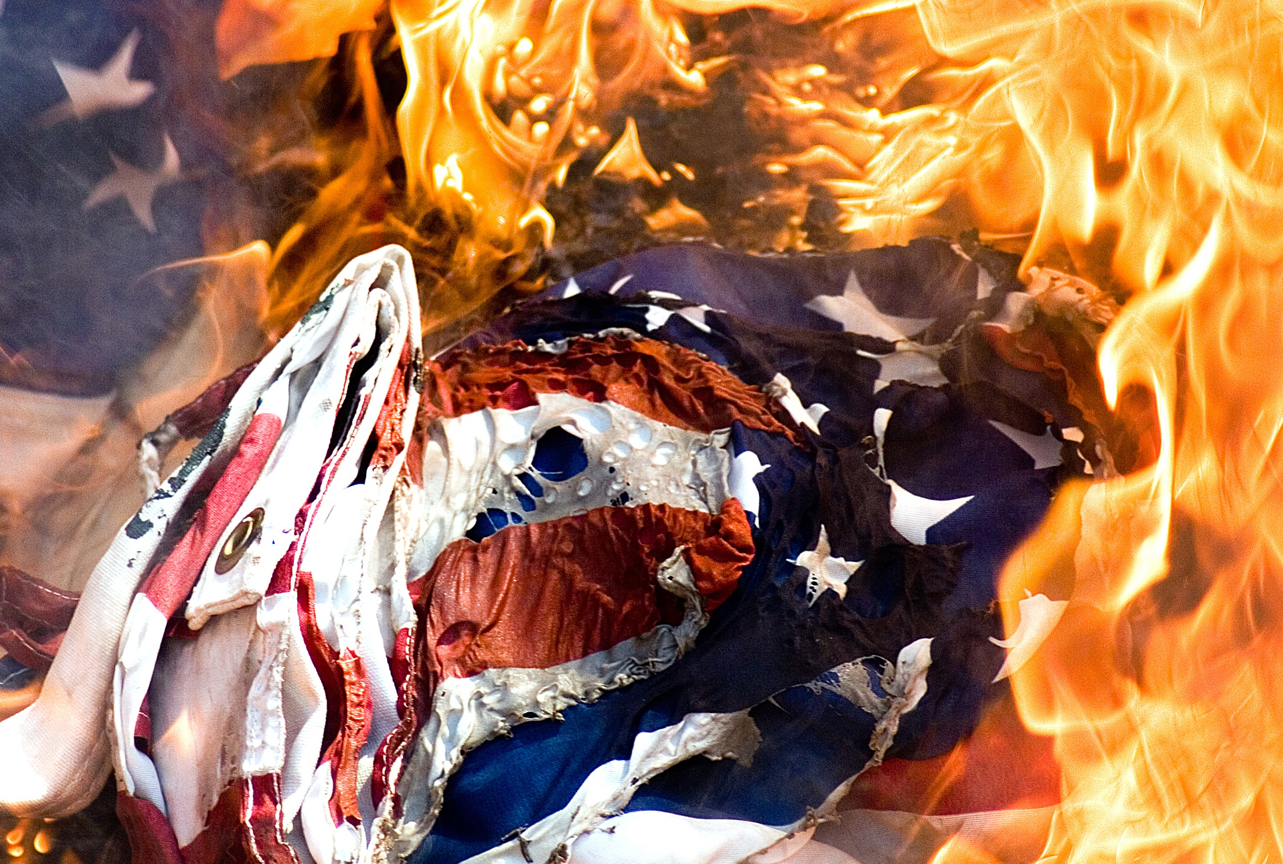 Flag_burn_2.jpg